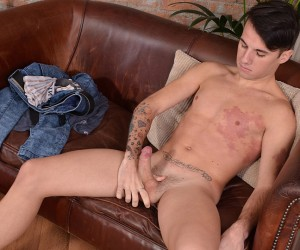 Adorable Izan Arrives To Stroke It  Izan Loren